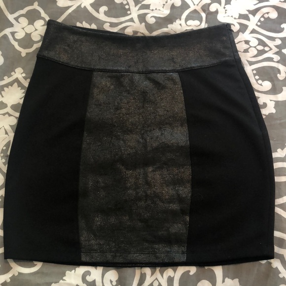 Urban Outfitters Dresses & Skirts - Skirt